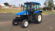 Trator New Holland TL 60 E 4x2 ano 12