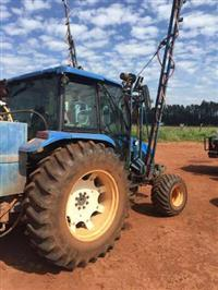 Trator New Holland TL 90 4x4 ano 03