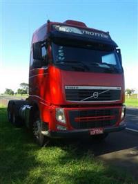 Caminhão Volvo FH 440 6X4 GLOBETROTTER ano 14
