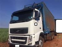 Caminhão Volvo FH 520 6X4 PLATAFORMA CANAVIEIRO ano 10