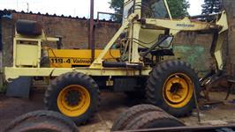 Carregadeira de cana Valmet 118 4x4 com implemento motocana