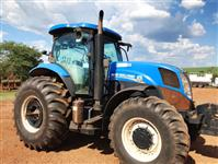 Trator New Holland T7.175 4x4 ano 16
