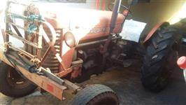 Trator Massey Ferguson 50 X 4x2 ano 62