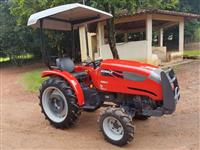 Trator Agrale 4100 4x4 ano 06