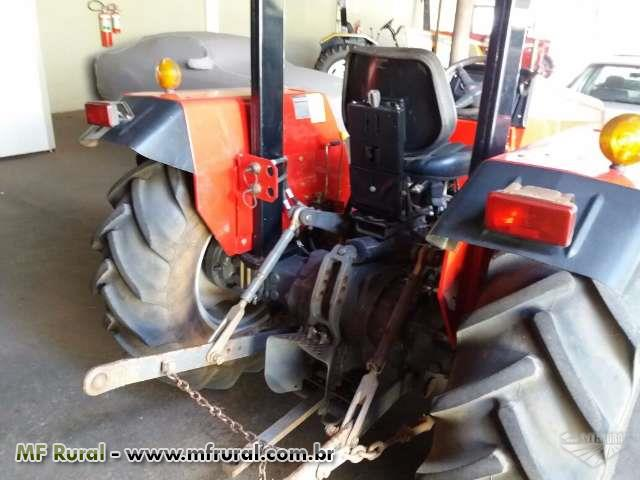 Trator Massey Ferguson 250 X 4x4 ano 11
