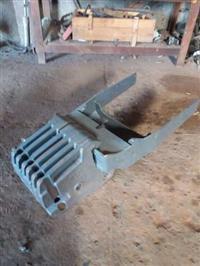 Peso dianteiro + suporte trator Valtra A950