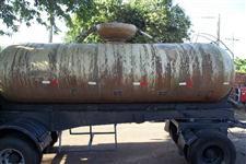 Julieta Reboque tanque de fibra ano 1988