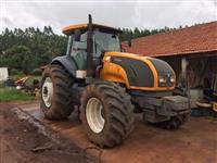 Trator Valtra/Valmet BT 210 4x4 ano 12
