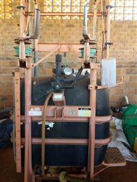 Pulverizador Jacto condor M12 .600 litros