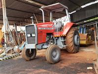 Trator Massey Ferguson 610 4x2 ano 90