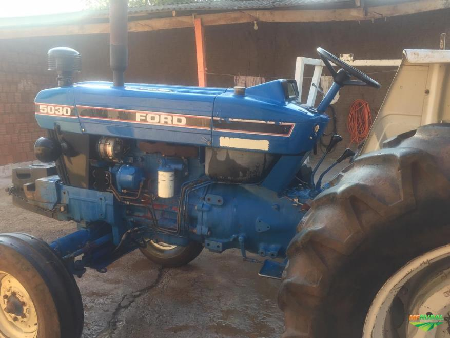 Trator Ford 5030 4x2 ano 94