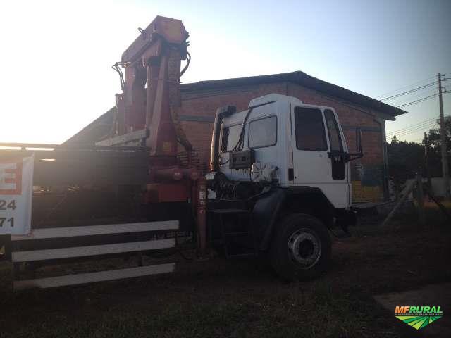 Ford Cargo com Munck 15 Ton