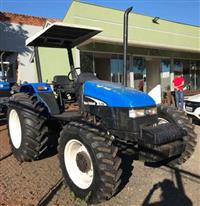 Trator New Holland TL 75 E 4x4 ano 03