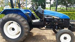 Trator New Holland TL 65 E 4x2 ano 03