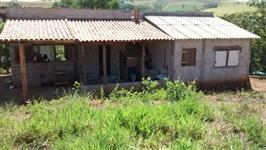 Sitio com casa  em MG - Carmo da Cachoeira