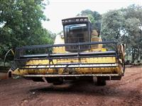 COLHEITADEIRA NEW HOLLAND NH 8055, ANO 88