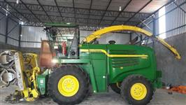 COLHEDORA FORRAGEIRA JOHN DEERE 7380, ANO 2015