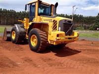 Pá Carregadeira Volvo Modelo L90 F 2.009