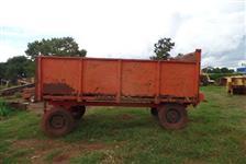Vagão forrageiro 4 rodas esteira corrente ferro descarga trator Massey Ford John