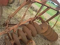 Terraceador fazedor de lera para batata capinador gradinha p/ trator Massey Ford New Holland Valtra