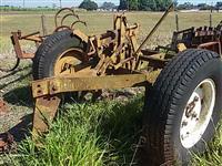 Lote subsoladores arrasto 5  hidráulico 7 p/ trator agrícola de pneus Massey Ford John Deere Valtra