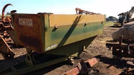 Carreta agrícola tipo silo para café distribuidora