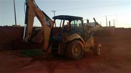 RETROESCAVADEIRA CATERPILLAR 416E 4X4 - 2010
