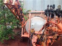 pulverizador jacto columbia cross 2.000 litros  2004