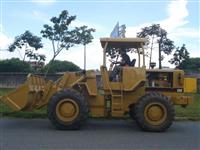 Pá Carregadeira Caterpillar 930 1990 Emplacada