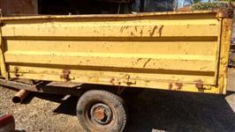 Vendo carreta agrícola de metal com capacidade de  4500 kg