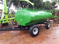 Carreta Tanque 5.000 litros, em excelente estado de conservação!