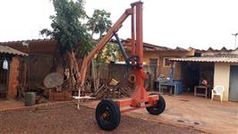 Guincho Bag Sollus 1.200 kilos ano 2002, giratório, em ótimo estado de conservação