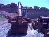Escavadeira E215 New Rolland ano 2005