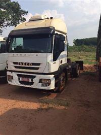 Caminhão  Iveco Strallis 420  ano 00