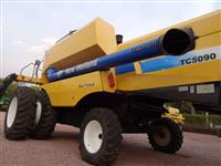 Colheitadeira New Holland TC 5090