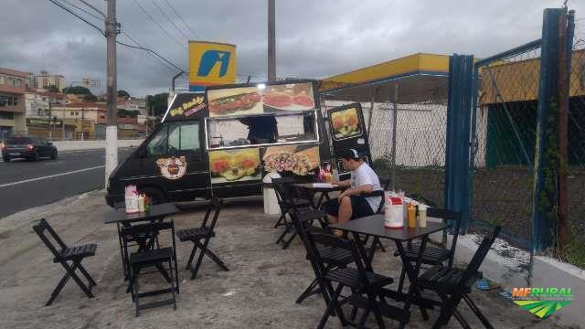 FOOD TRUCK TRAFIC