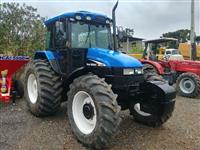 Trator New Holland TS 110 4x4 ano 05