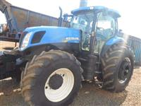 Trator New Holland T7.240 4x4 ano 13