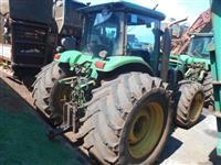 Trator John Deere 7210 4x2 ano 12