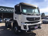 Caminhão Volvo FMX500 ano 13