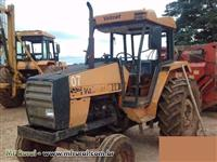 Trator Valtra/Valmet 880 4x2 ano 89