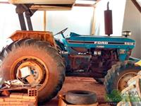 Trator Ford 5610 4x4 ano 90
