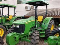 Trator John Deere 5075 4x4 ano 17
