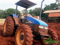Trator New Holland TL 55 E 4x4 ano 06