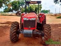 Trator Massey Ferguson 4275 4x4 ano 18