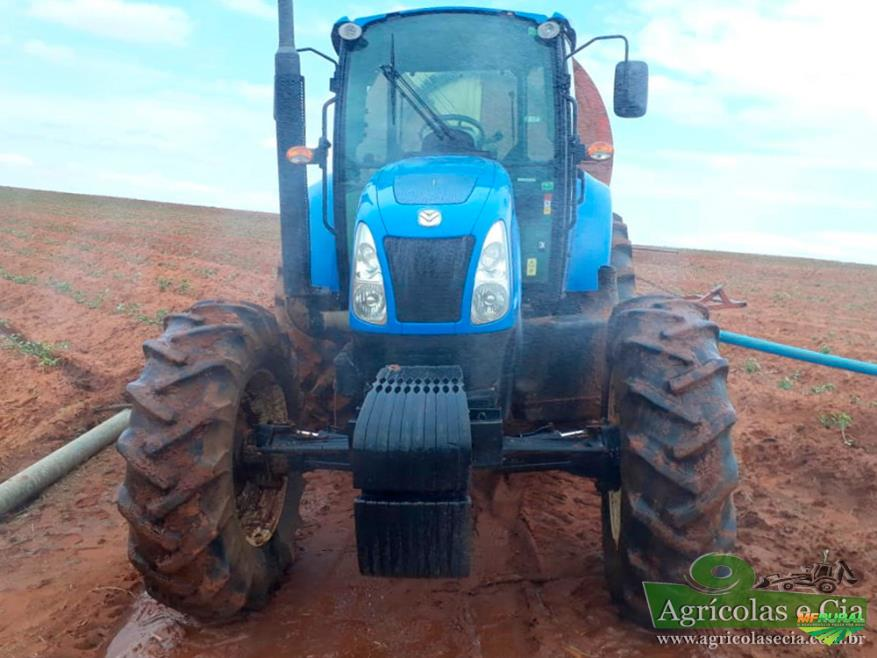 Trator Outros New Holland 4x4 ano 15