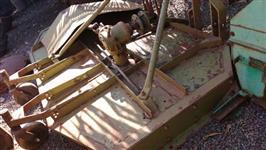 Roçadeira lateral Kamaq