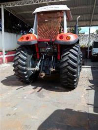 Trator Massey Ferguson 7140 4x4 ano 12