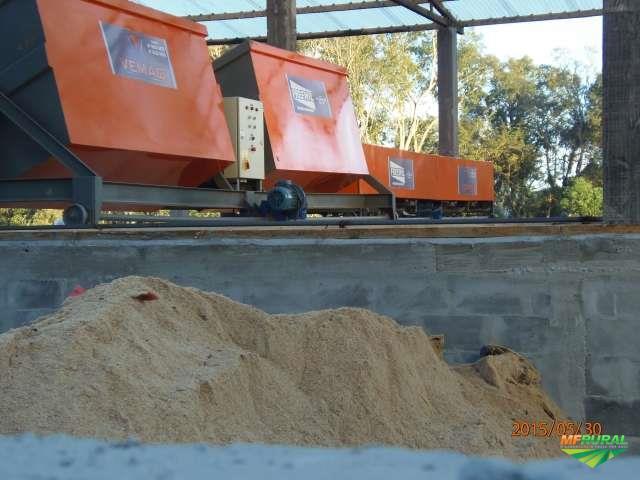 Máquina para compostagem
