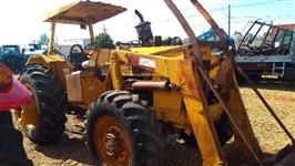 Trator Valtra/Valmet 128 4x4 ano 85